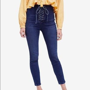 🌈Free People lace up jeans🌈